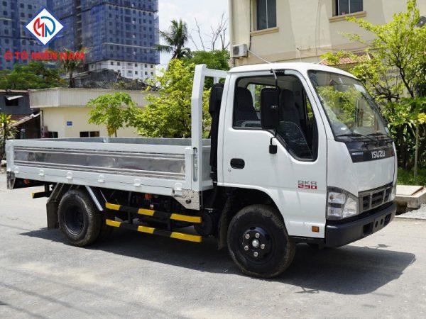 xe tải isuzu 230 thùng lững