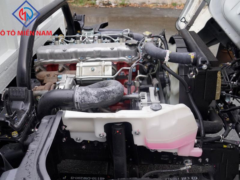 động cơ dutro 300