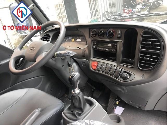 Nội Thất Xe Hyundai 2.2 Tấn Đông Lạnh
