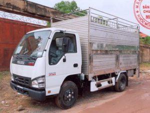 xe tải chở gia súc Isuzu QKR77FE4 2.1 tấn